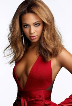 Beyonce in red dress on thank giving day