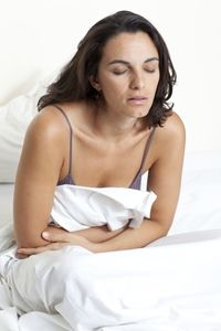 Many women experience nausea or vomiting sensation in the early stages of pregnancy. This is referred to as, morning sickness. Morning sickness does not affect Early Pregnancy Signs, Pre Pregnancy, Symptoms Pregnancy, Pregnancy Health, Pregnancy Workout, Cures For Morning Sickness, Single And Pregnant, 6 Weeks Pregnant, Maternity Tops