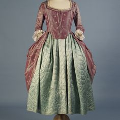 1770s robe à l'anglaise and quilted petticoat, KSUM 1995.68.1 - Inside Out Exhibition. More details in album
