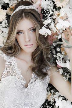 Casamento e Beleza Noiva - Penteado com Tiara (Foto: Daniela Nogueira)