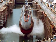 USS Ohio (SSGN is in dry dock undergoing a conversion from a Ballistic Missile Submarine (SSBN) to a Guided Missile Submarine (SSGN) designation Us Navy Submarines, Go Navy, Us Navy Ships, Electric Boat, Navy Military, Armada, United States Navy, Boat Plans, Wooden Boats