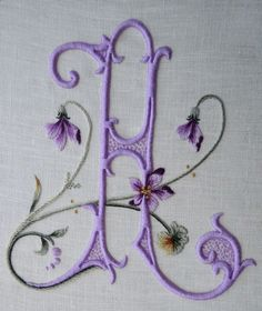 Elisabetta's embroidered monograms are incredibly gorgeous! I love this one - it makes me happy just to look at it!