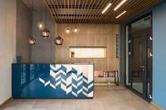 Interior design arrangement for the Faros Hotel - Interior - Get inspired with Foorni. Reception Desk Design, Reception Counter, Workplace Design, Healthcare Design, Lobby Interior, Interior Architecture, Hotel Faro, Clinic Design, Lobby Design