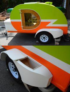 Vurv Design Teardrop: new storage fender. Teardrop Camping, Teardrop Camper Trailer, Diy Camper Trailer, Tiny Camper, Small Campers, Rv Campers, Custom Trailers, Tiny Trailers, Travel Trailers