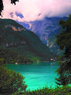 (via auxerra) Molveno, Trentino, Italy #molveno#lake#clouds#mountains#landscape