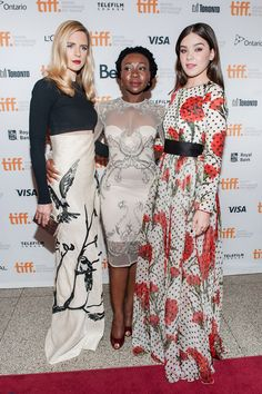 """Muna Otaru, Brit Marling and Hailee Steinfeld are stunning side by side at """"The Keeping Room"""" premiere - TIFF Fashion"""