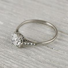 Vintage Style Wedding Rings: Diamond and White Gold Engagement Rings