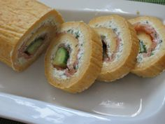 Appetizer Sandwiches, Appetizers, Bread Rolls, Food Art, Healthy Recipes, Healthy Food, Sushi, Favorite Recipes, Ethnic Recipes