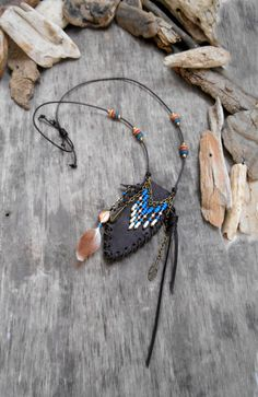 Leather Necklace, Leather Jewelry, Leather Craft, Jewelry Accessories, Jewelry Design, Medicine Bag, Pretty Necklaces, Leather Bags Handmade, Beaded Bags