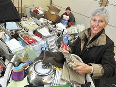 York/Durham Basketeers deliver to women's shelters.