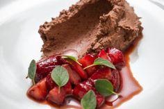 Mousse de chocolate é feita com água; confira como fazer esta deliciosa receita - Fotos - UOL Comidas e Bebidas