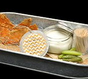 Crispy Buffalo Chicken Skin Chips with a Blue Cheese Dipping Sauce and Kool-Aid Pickles by Thomas Caterers of Distinction | #Caterer #Indianapolis | 542.8333 | Hors D'oeurve