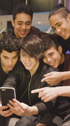 Read from the story CNCO Updates by -cncomusic (😍) with 49 reads. September 2016 Don't forget CNCO will be in Noche. Cnco Band, Boy Bands, Cnco Richard, Twitter Bio, Five Guys, O Love, My King, Celebrity Crush, Memes