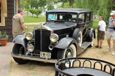 1933 Packard Eight 7 passenger sedan