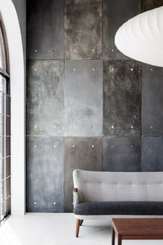 Style and Create — Concrete panel in a showroom in Montréal, Canada|...