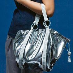 Un sac argenté