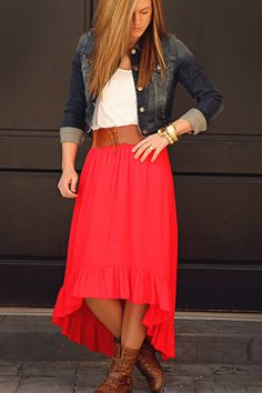 Fun blog with lots of modest clothing styles! I seriously need her fashion sense and closet!