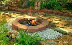 yardand patio ideas | Yard and Garden Secrets: Dry Set Flagstone Patio or Walkway ...
