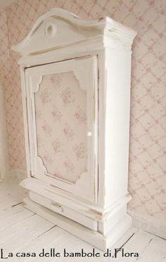 Romantic french shabby wardrobe - 1/12 dolls house dollhouse miniature