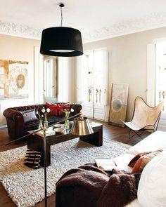 Living room with stucco ceiling, sofa … – Kup zdjęcia Coffee Table Inspiration, Living Room Inspiration, Interior Design Inspiration, Design Ideas, Decor Pad, Room Decor, Style Deco, Black Floor Lamp, Space Interiors
