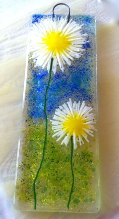 Daisy blue skies fused glass lightcatcher white yellow blue kitchen flower art £16.95