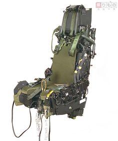 「パイロット最後の命綱「射出座席」 作り続け70年の老舗メーカー、7500人の命救う」の写真   乗りものニュース