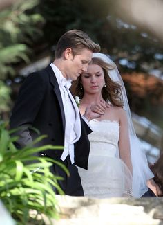 Revenge Season 3 Spoilers: Does Nolan Give Emily Away at Her Wedding? (PHOTOS)   Revenge   Wetpaint