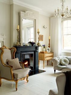 Victorian home living room. Where I'll one day grow old and fabulous!