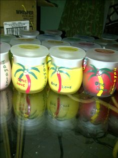 Personalized Jamaican candles for your wedding favors for your wedding in Jamaica. Contact us to order at heleng@helengevents.com