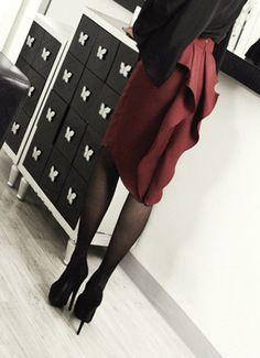 White Black Wine Back Ruffle midi skirt frilled slim pencil skirt party skirts #nobrand #Ruffleskirt #FormalParty