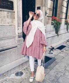 New fashion hijab outfits casual muslim - hijab outfit Modern Hijab Fashion, Street Hijab Fashion, Hijab Fashion Inspiration, Muslim Fashion, Modest Fashion, Hijab Fashion Casual, Hijab Fashion Summer, Casual Hijab Styles, Fashion Muslimah