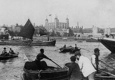 London docks. 1895.