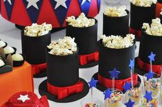 Circus Party Decorations, Circus Carnival Party, Circus Theme Party, Carnival Birthday Parties, Birthday Party Themes, Carnival Cupcakes, Magic Decorations, Magic Birthday, Mickey Birthday