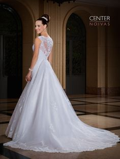 Jasmim 07 costas  #vestidodenoiva #vestidosdenoiva #weddingdress #weddingdresses #brides #bride