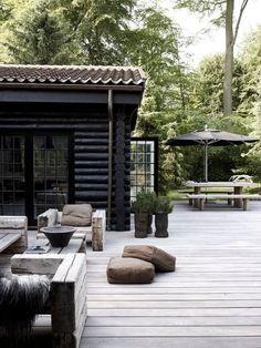 Terrasse en bois gris clair