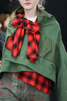 Runway Plaid: comme-des-garcons ~ A/W Couture Fashion, Paris Fashion, Runway Fashion, Winter Fashion, Daily Fashion, Love Fashion, High Fashion, Style Fashion, Ellie Saab