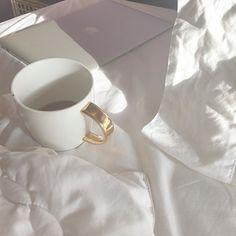 And Morning Begins ..... After a cup of Chai Latte. Try our Loose Leaf Teas. #looseleaf #Chai #chailatte #morningtea #ujjayiboutique #teatime #mug #homedecor #health #teablog