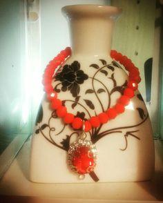 ❤Pietre rosso Valentino e diadema in pendant...grazie Nicky per aver scelto CreaCi❤ #CreaCi #colcuore #creation #creativity #handmade #bijouxpersonalizzati #bracelets #pearls #rossovalentino #ideeregalo #accesorizes #bijouxbrigitte #morellato #mood #pandora #jewellerydesign