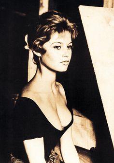 "blueruins: ""rrrick: "" luceplace: "" mademoisellebardot: "" Brigitte Bardot "" "" It's like having another pocket. Bridget Bardot, Brigitte Bardot Young, Jacques Charrier, Divas, And God Created Woman, Animal Activist, Paris Match, Raquel Welch, Ann Margret"