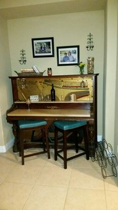 DIY piano turned into a bar! Found this old piano on the side of the road and didn't know what to do with it. It took me and my hubby 2 hours, and it's so amazing!!