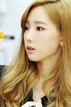 #Taeyeon #SNSD #leader