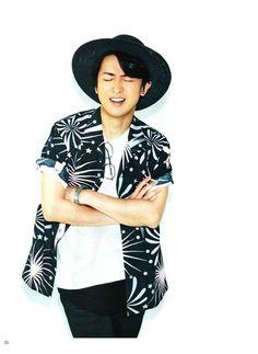 Ono Satoshi Men's non-no Ninomiya Kazunari, Yukata Kimono, Japanese Drama, Handsome, Actors, Celebrities, Guilty Pleasure, Kebaya, Kawaii