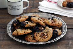 עוגיות שקדים חמאתיות, זהובות, פריכות ונמסות בפה שמכינים בקלי קלות (אפשר גם עם הילדים!) וכיף לטבול בקפה או בתה. אזהרה: את העוגיות האלה לא תוכלו להפסיק לאכול.