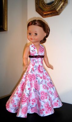 Nancy de Famosa. American Girl Crafts, American Doll Clothes, Girl Doll Clothes, Barbie Clothes, Girl Dolls, Doll Clothes Patterns, Doll Patterns, Clothing Patterns, Vestidos Nancy
