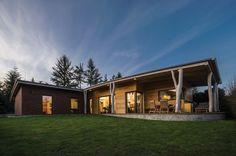 Moderní dřevostavby (realizace): dům inspirovaný lesem, Archcon atelier, Biskup s. r. o.