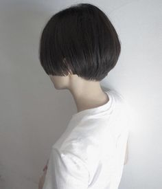 Looking for the best way to bob hairstyles 2019 to get new bob look hair ? It's a great idea to have bob hairstyle for women and girls who have hairstyle way. You can get adorable and stunning look with… Continue Reading → Modern Bob Hairstyles, Best Bob Haircuts, Choppy Bob Hairstyles, Lob Hairstyle, Trendy Haircuts, Short Black Hairstyles, Black Hair Short Bob, Black Hair Aesthetic, Shaggy Bob Haircut