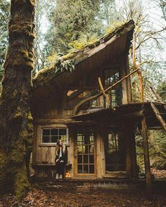 Architecture – Come Hideaway in Lake George, NY Tiny Cabins, Cabins And Cottages, Rustic Cabins, Wood Cabins, Cabins In The Woods, House In The Woods, Cabin Homes, Log Homes, Haus Am See