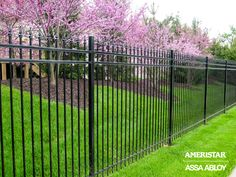 Ameristar Classic Montage Pressed Spear steel fence builtwell fence visit our website Landscaping Images, Fence Landscaping, Backyard Fences, Backyard Projects, Yard Fencing, Front Yard Fence, Fenced In Yard, White Vinyl Fence, Fence Gate Design