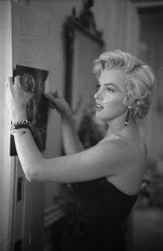 9/09/1954 NY Conférence de Presse - Divine Marilyn Monroe