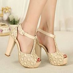 A chunky heel is the perfect look for summer! Also very comfortable!